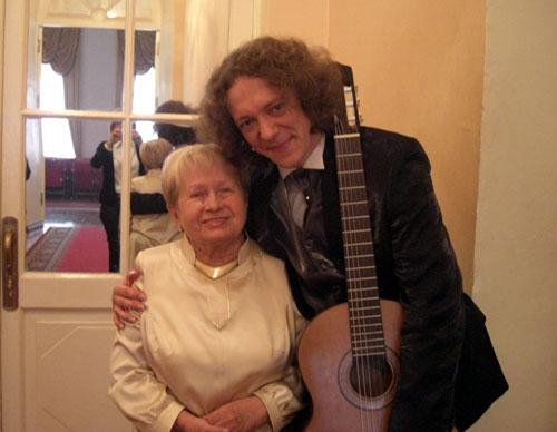 Alexandra Pakhmutova & Dimitri Illarionov, October 2009